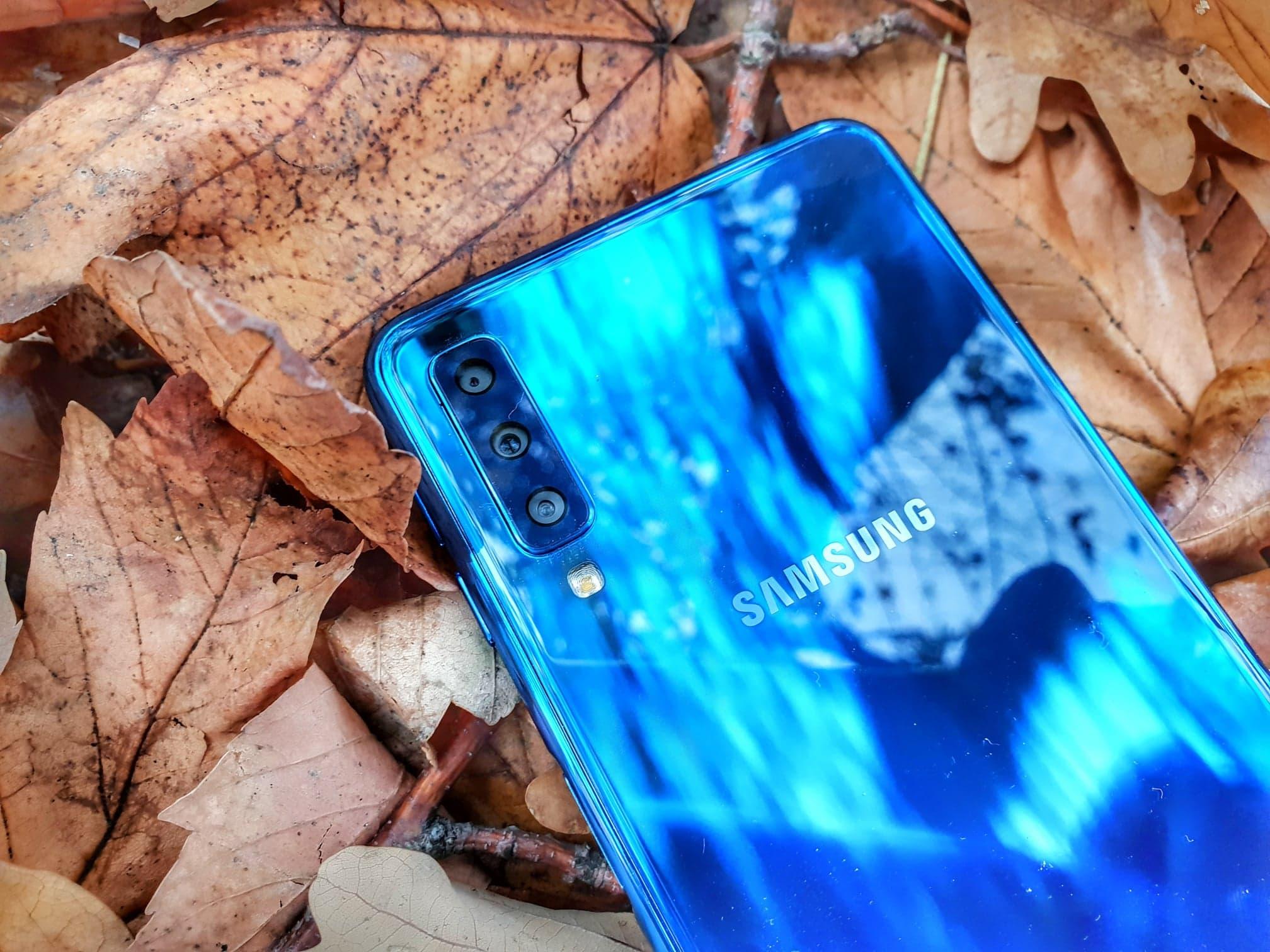 Trojitý fotoaparát ve střední třídě? Otestovali jsme nový Samsung Galaxy A7