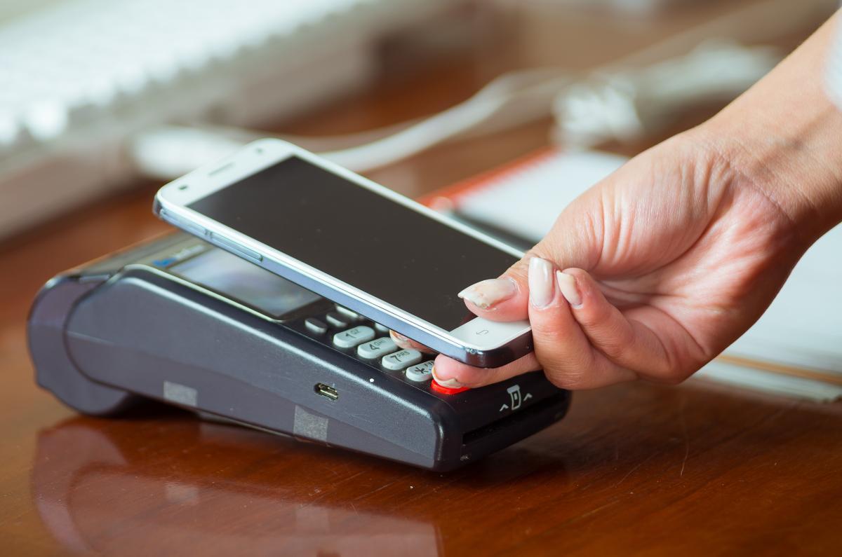 Jak nejsnadněji zaplatit? Přece mobilem!