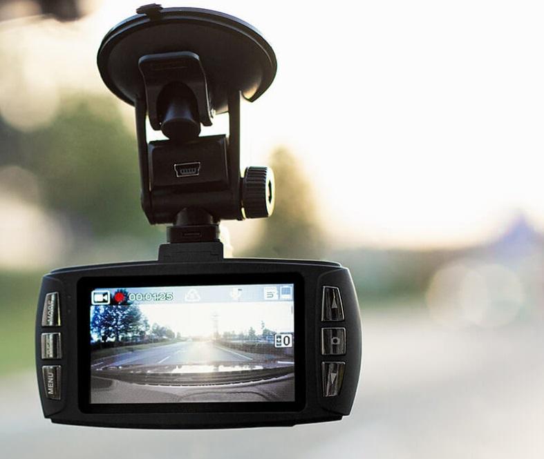 Kamera v autě – váš svědek na cestách