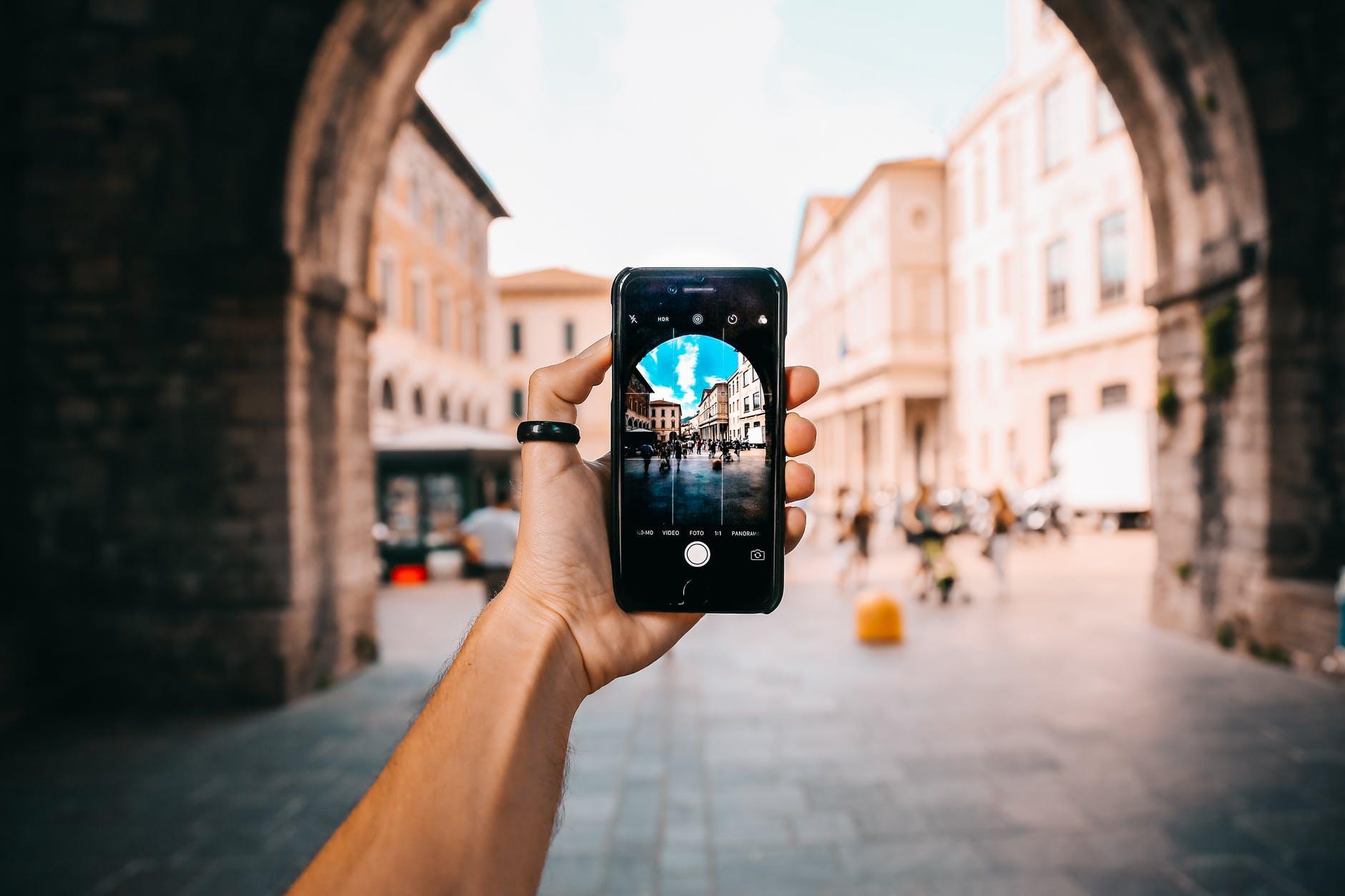Orientujete se ve fotoaparátech mobilů?